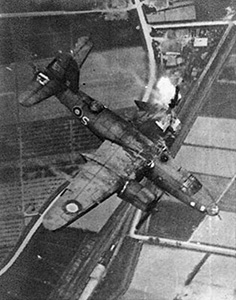 Bombardiere B-26 abbattuto a Ficarolo e schiantato sull'isola di Tontola, 21 aprile 1945.